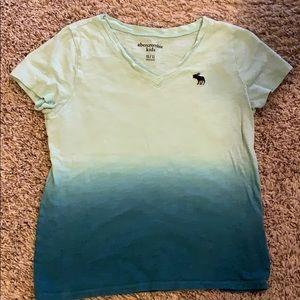 Size 11/12 girls Abercrombie t-shirt